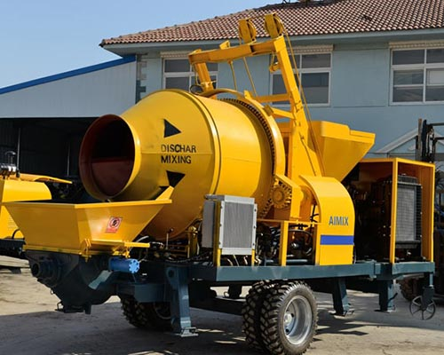concrete mixer with pumo