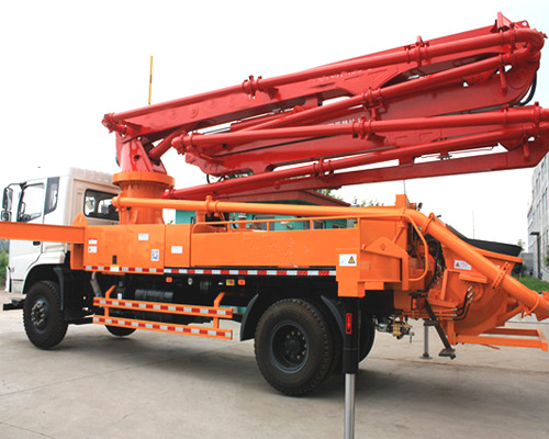 Best concrete pump car for hot sale