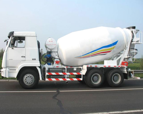 concrete transporting truck for hot sale