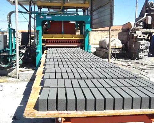 block forming machine